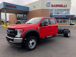 2022 Ford F550 Crew Cab 4x2 - Cab & Chassis
