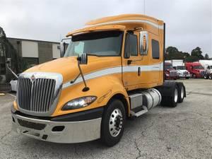 2017 International Prostar - Sleeper Truck