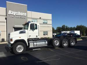 2022 Western Star 4700SF - Cab & Chassis