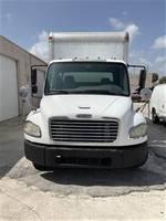 2008 Freightliner FL70 - Box Van