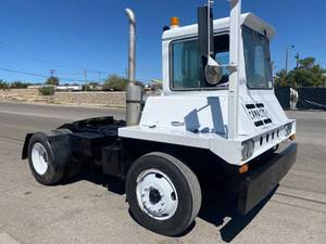 1984 Capacity TJ500-OFF HIGHWAY - Day Cab