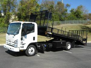 2022 Isuzu NPR HD - Box Truck