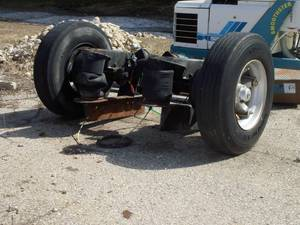 2001 New Way Pusher Axle - Refuse Truck