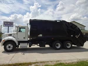 2015 Peterbilt 348 - Garbage Truck